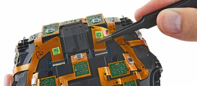 014c36f242e Fácil  HTC Vive é desmontado e ganha boa pontuação em facilidade de conserto