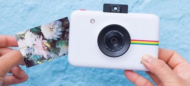 Polaroid lança câmera que imprime fotos sem usar tinta - Tudocelular.com 830aa4ec4d