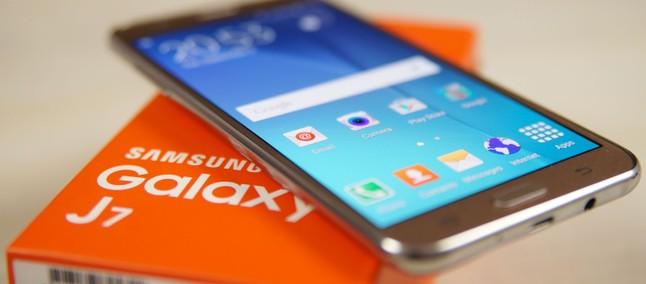 Samsung Galaxy J7 recebe Android 7 1 1 em modelo da operadora T