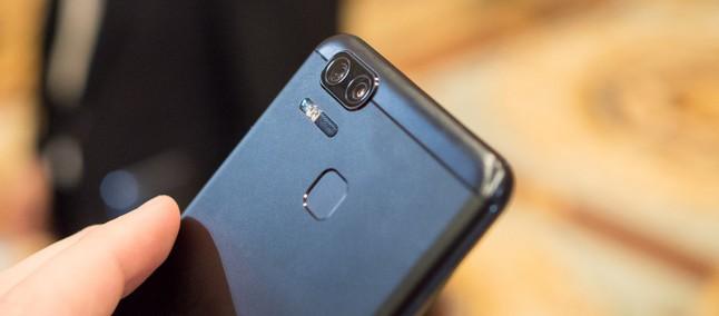 Tapa de luva?! Zenfone 3 Zoom 'humilha' iPhone 7 Plus em