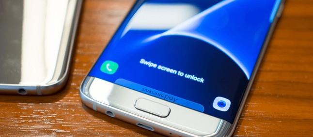 8a8aebfda Linha roxa  da morte   Samsung reconhece defeito e promete conserto para a  tela do Galaxy S7 edge