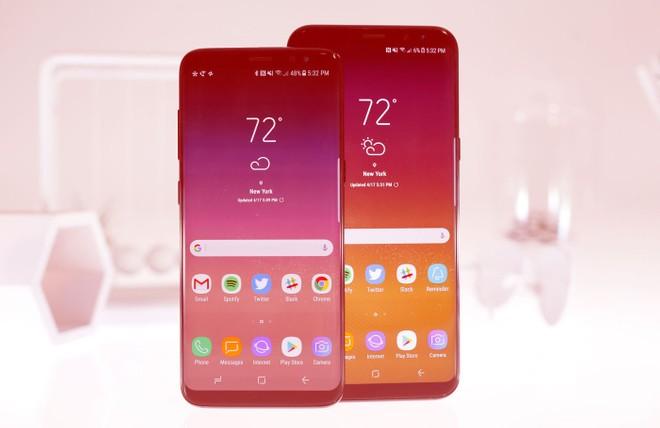 0ee280db20 Enquanto o cenário envolvendo o carregamento rápido wireless no Galaxy S8  ainda é algo tímido, as telas vermelhas são mais populares e vivenciadas  pelos ...