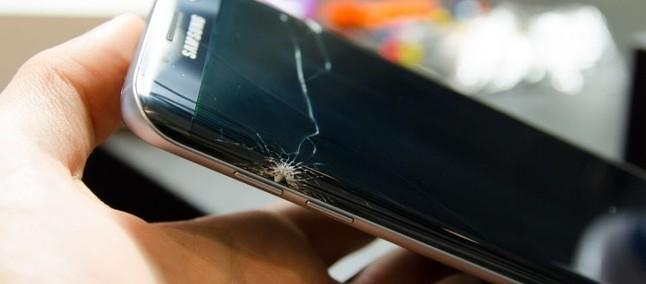 6ddc4385f Galaxy S8 é eleito o celular mais frágil já feito e assistências comemoram