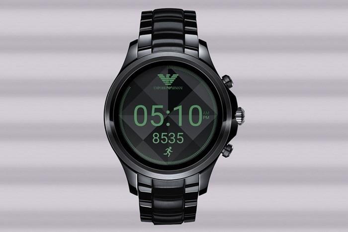 4c23606969f Emporio Armani anuncia novo relógio inteligente com Android Wear 2.0 ...