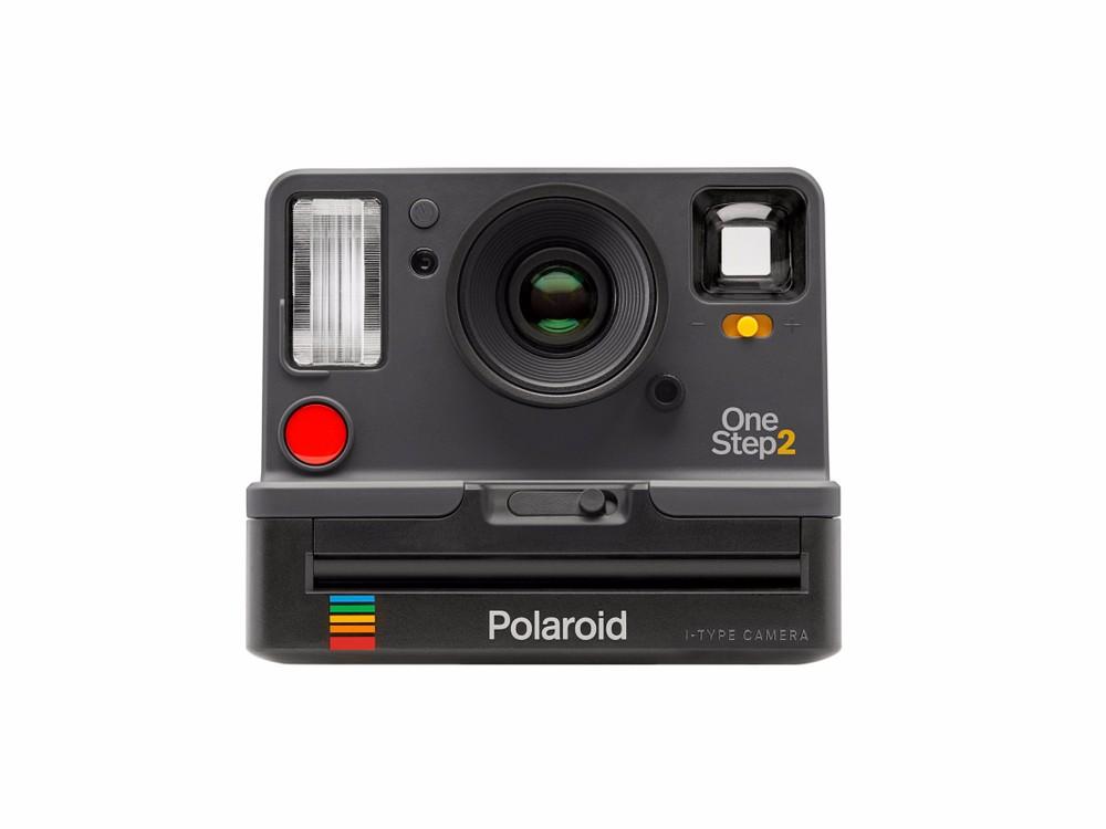 Começando pela representante da Polaroid, temos a OneStep 2, que chega  obviamente como sucessora da OneStep, talvez a câmera instantânea mais  famosa do ... 2199fa7a26