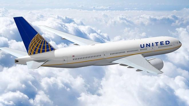 Companhia aérea economiza muito diminuindo o tamanho das revistas de bordo
