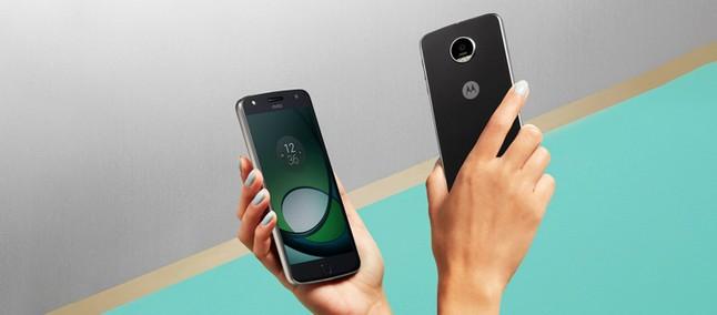 5e3e397dc7 Motorola em 2018  vaza lista de possíveis lançamentos da linha Moto ...