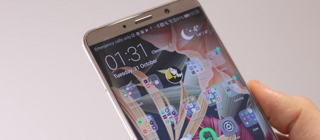 Huawei divulga vídeos mostrando a câmera tripla do P20