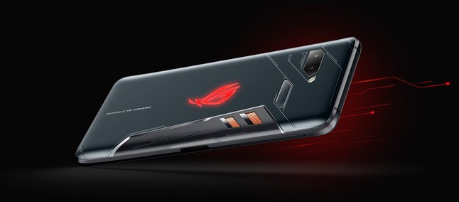 Smartphone gamer! Asus ROG Phone arrives in China with lower price than other markets