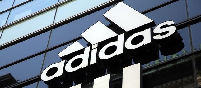 7c4f1371b0 Perfil fake no Instagram usou o nome da marca Adidas para tentar ...