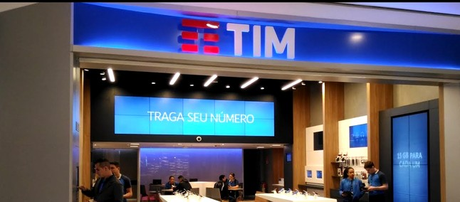 d3af2f577 TIM inaugura nova loja totalmente digital no Shopping Internacional de  Guarulhos