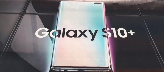 Samsung Galaxy S10 Plus Ostenta Conceito Luxuoso Na Edição