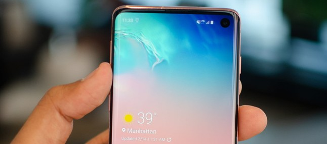 Samsung Usa Tática Simples Para Disfarçar Notch Do Galaxy