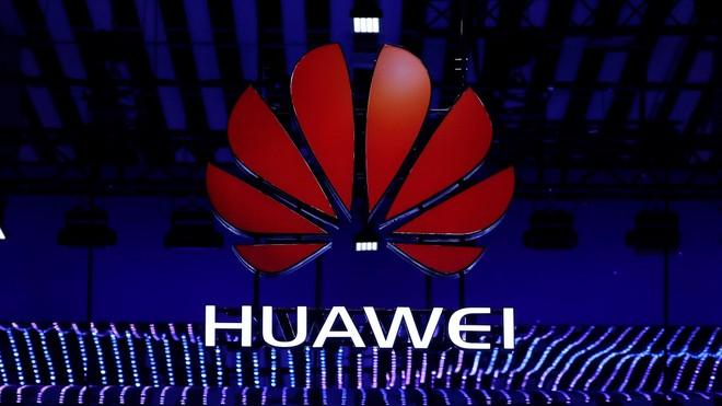 Feliz, Trump? Plataforma de preços revela que interesse pela Huawei está despencando