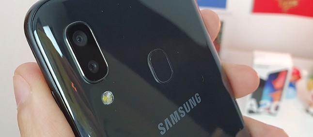 6e71073a985 Galaxy A20 corrige erros do A10, mas... | Análise / Review - Tudocelular.com