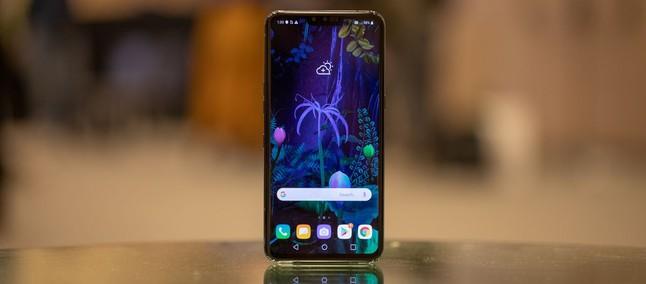 Resultado de imagem para lg v50 thinq 5g android 10